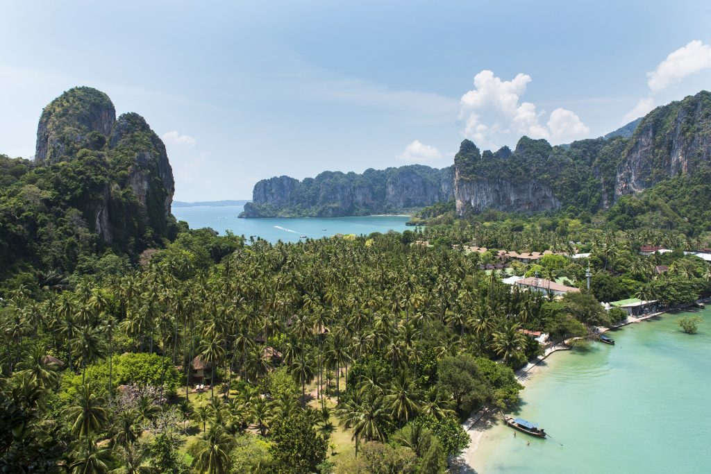 12 popular destinations that you shouldn't miss while traveling in Krabi 2